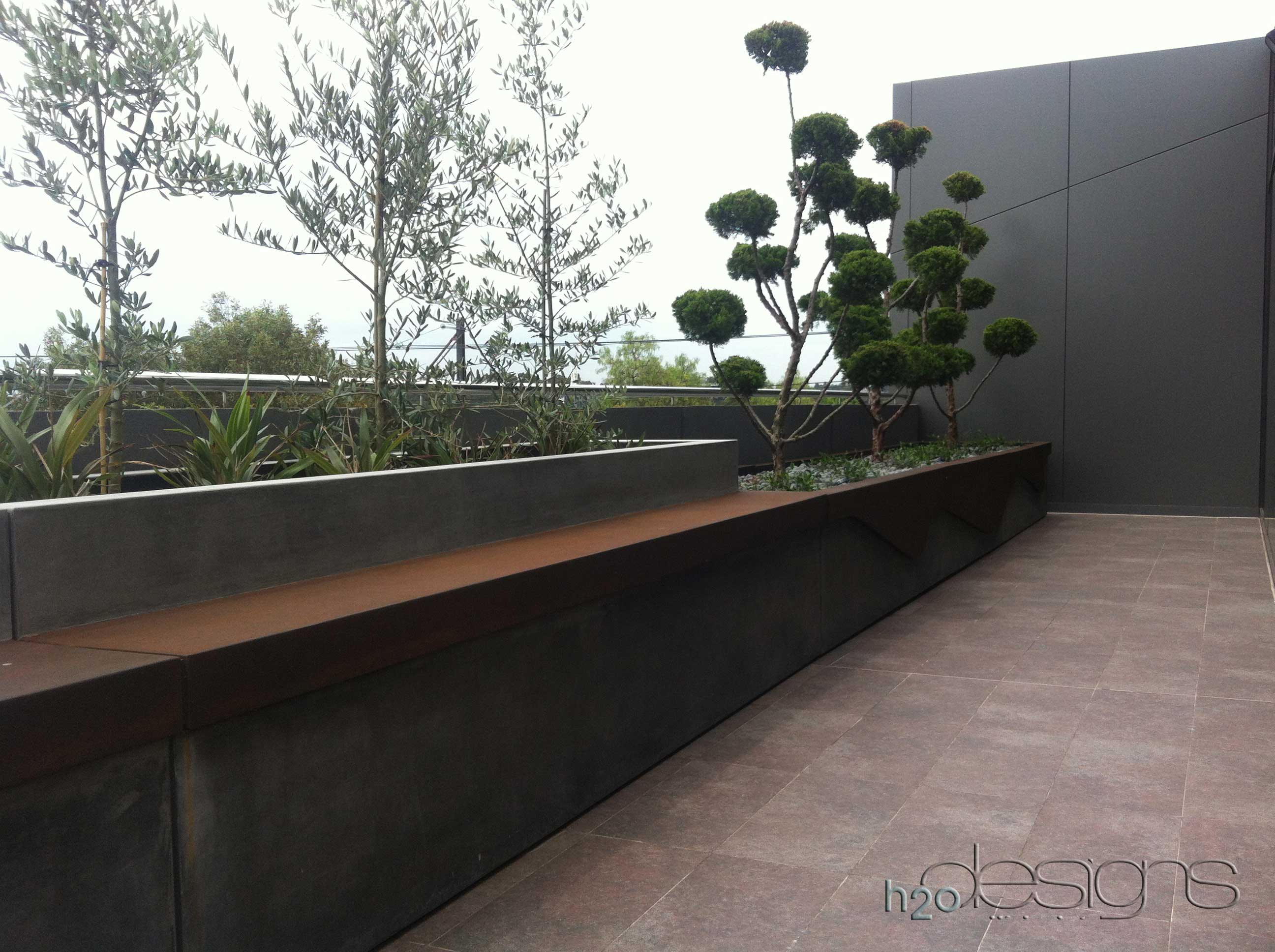Abbotsford commercial terrace h2o designs for Roof terrace definition